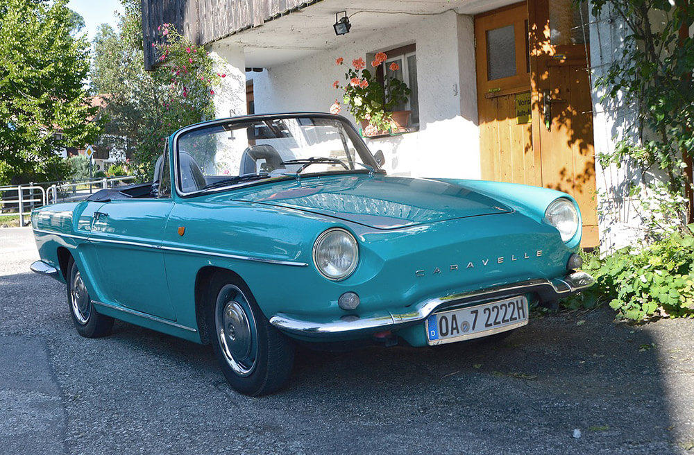 Renault Caravelle Free Jigsaw Puzzles Online