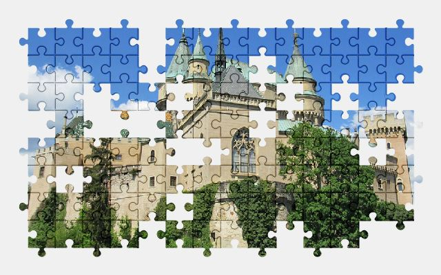 free jigsaw puzzle online building,castle,slovakia,architecture