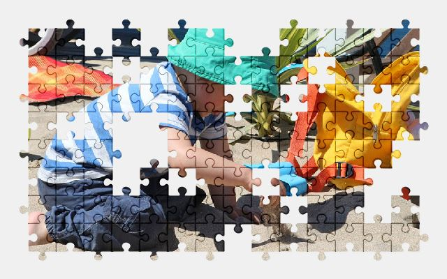 free jigsaw puzzle online children,color,beach,play,sand